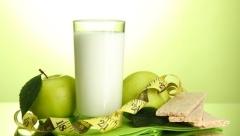 Дієта на кефірі та яблуках