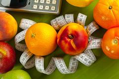 Скільки потрібно калорій в день, щоб схуднути?