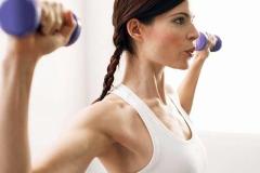 Вправи для схуднення рук жінкам